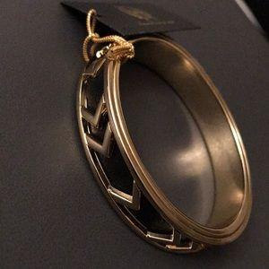🆕 House Of Harlow bangle bracelet